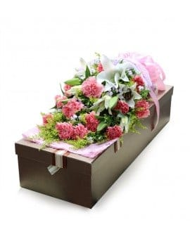 19 Pink Carnations with 6 Lilies in Luxury Box