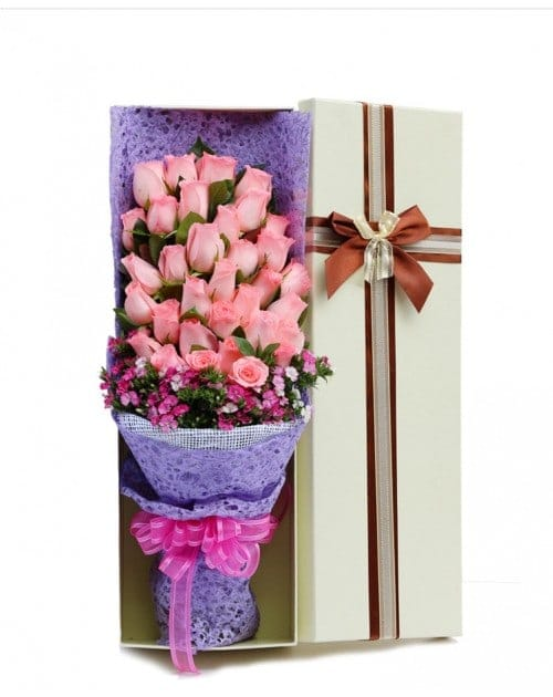 33 Pink Roses in Luxuy Box