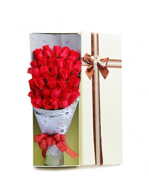 33 Red Roses in luxury box